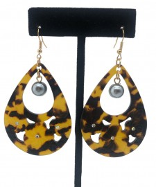 Carved Faux Turtle Shell Earrings - Faux Pearl