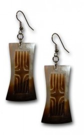 Tahitian Style Black Mother of Pearl Shell Earrings